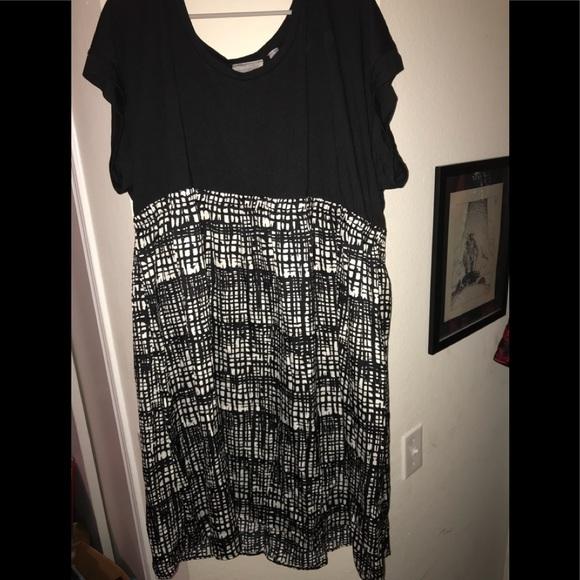 c6154166a89 Avenue Dresses   Skirts - Breezy black   white dress plus size 26w   28w